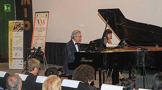 Un duo esibitosi al piano nelle scorse edizioni