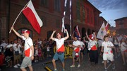 Più di 2500 giovani atleti, provenienti da 24 paesi del mondo, hanno sfilato nel cuore di Reggio Emilia portando i vessilli nazionali, i loro colori e la loro allegria (Foto Artioli)