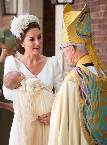 Kate, Louis e l'arcivescovo di Canterbury Justin Welby (Ansa)