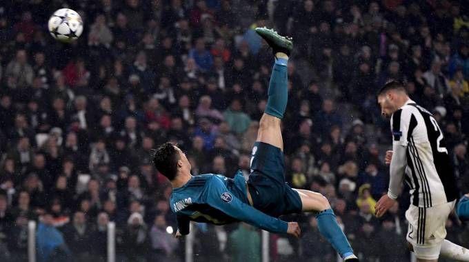 Cristiano Ronaldo è un nuovo giocatore della Juventus