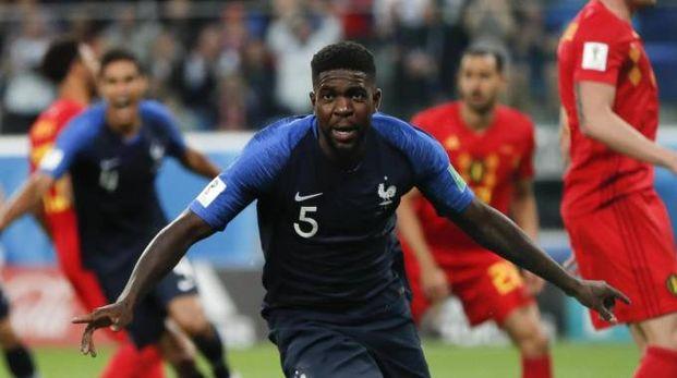 Umtiti festeggia il gol segnato al Belgio (Ansa)