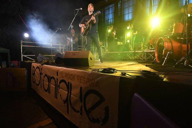 """""""La passione per la musica arriva dalla mia infanzia: il mio papà originario del Friuli che a tavola imbracciava la fisarmonica e cantava le canzoni della sua terra"""" (Foto Schicchi)"""