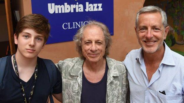 Edoardo Pani, a sinistra, con Giovanni Tommaso (al centro) e il padre Massimiliano