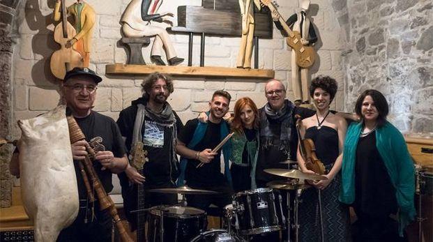 Cantù, la Compagnia Daltrocanto in concerto nel Cortile de la Canturina