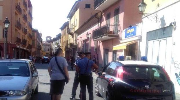 I carabinieri di Sarzana nell'ufficio di via Landinelli