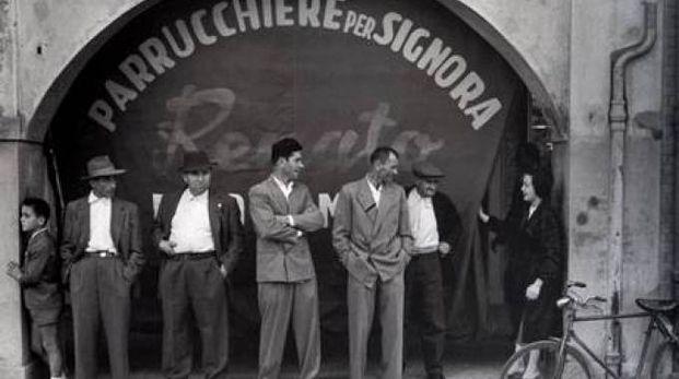 """Nino Migliori, Da """"Gente dell'Emilia"""", Stampa fotografica su carta baritata, 1957"""