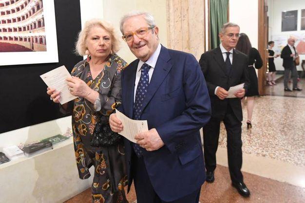 Il professor Augusto Barbera e consorte (Foto Schicchi)