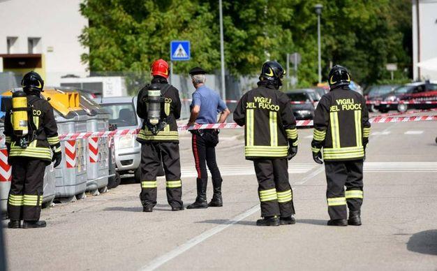 Vigili del fuoco intervenuti (foto Businesspress)