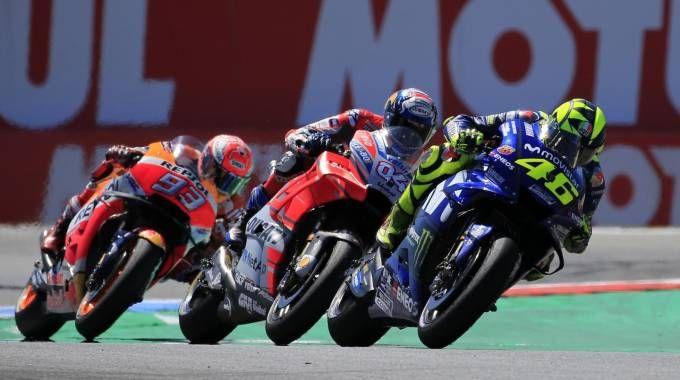 Motogp, i piloti Valentino Rossi, Andrea Dovizioso e Marc Marquez (Ansa)