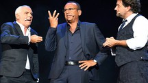 Giorgio Panariello sul palco con gli amici Carlo Conti e Leonardo Pieraccioni