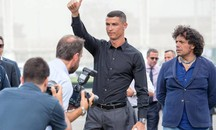 Cristiano Ronaldo all'Allianz Stadium per la presentazione in casa Juve (Ansa)