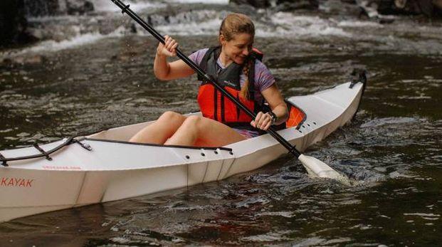 Il kayak pieghevole che puoi portare dappertutto - Foto: www.orukayak.com