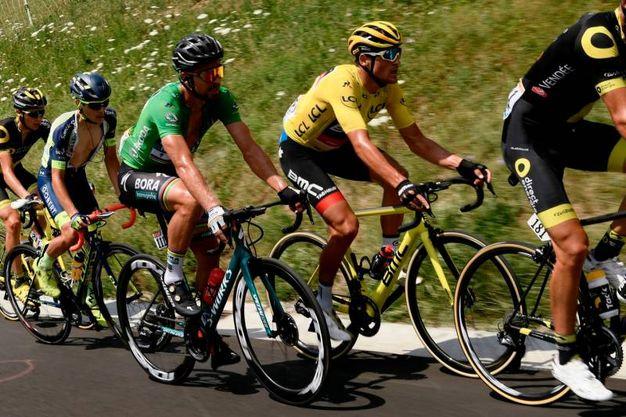 Sagan in fuga a inizio giornata (LaPresse)