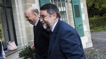 Marco Fassone e il legale Roberto Cappelli (Ansa)