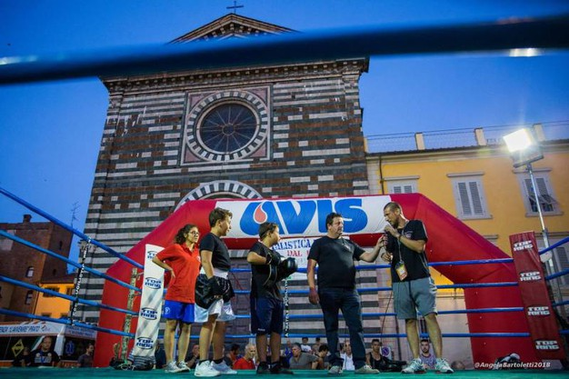 Avviamento alla boxe per i più piccoli (foto Angela Bartoletti)