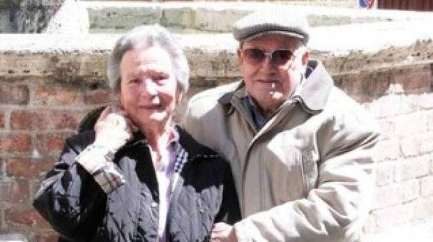 Susini e la moglie Silvana per i 70 anni di matrimonio (foto Lazzeroni)