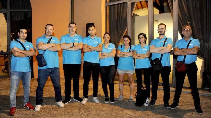 Soci e dipendenti del Cafè de Marie aperto 24 ore