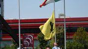 Lutto nello stabilimento della Ferrari a Maranello (foto Fiocchi)