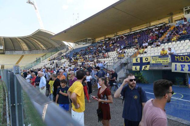 I gialloblù si sono radunati davanti ad un pubblico appassionato (foto Fiocchi)