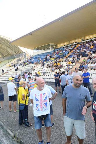 I tifosi pronti a sostenere la loro squadra (foto Fiocchi)
