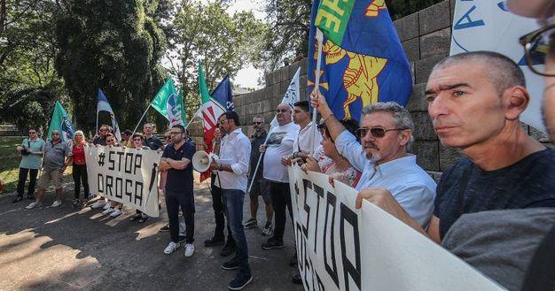 La manifestazione antidegrado del centro destra (fotoPrint)