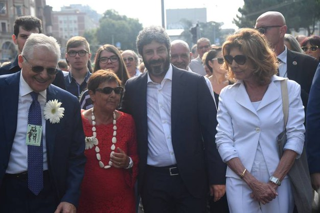 Al centro, il presidente della Camera Roberto Fico (FotoSchicchi)