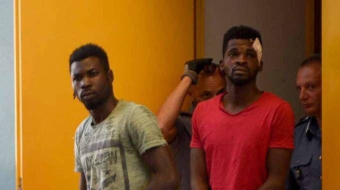 I due nigeriani arrestati e poi liberati (Bp)