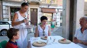 Previsto anche un particolare racconto del Duomo di Modena. In serata è stato infine possibile cenare nei ristoranti del Consorzio Modena a Tavola che serviranno per l'occasione particolari menù con protagonisti i prodotti del territorio (Foto Fiocchi)