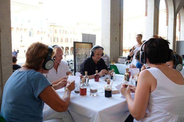 Una serata a tema in cui i ristoratori hanno proposto piatti, percorsi degustativi e menu con i prodotti Dop e Igp di Modena e del paniere di Tradizioni e Sapori della Camera di Commercio (Foto Fiocchi)