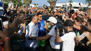 L'arrivo di Ronaldo, attorniato dai fan (foto Monachesi)