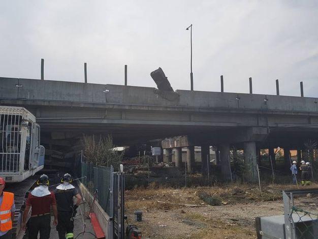 Autostrade e Governo sperano di riparare il danno al ponte entro la fine dell'anno
