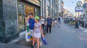 Turisti a Milano (Newpress)