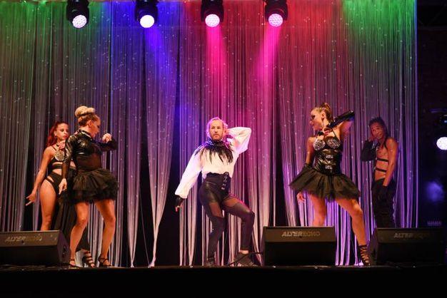 i ballerini del gruppo Starlight