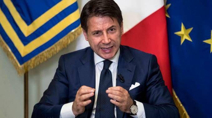 La conferenza stampa del premier Conte (LaPresse)