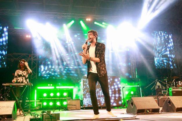 Alvaro Soler, dopo le oltre 30mila persone registrate sulla spiaggia di Rimini per la Notte Rosa, è ospite di Radio Deejay on Stage a Riccione