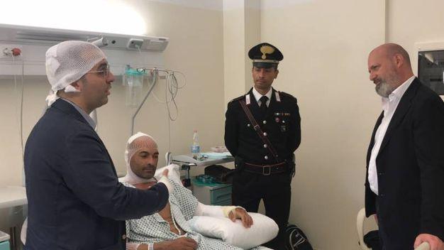 Il Presidente della Regione Emilia Romagna, Stefano Bonaccini, si è recato presso la Legione Carabinieri di via dei Bersaglieri, per esprimere la sua solidarietà agli undici carabinieri della Compagna Bologna Borgo Panigale rimasti ustionati nell'esplosione del 6 agosto