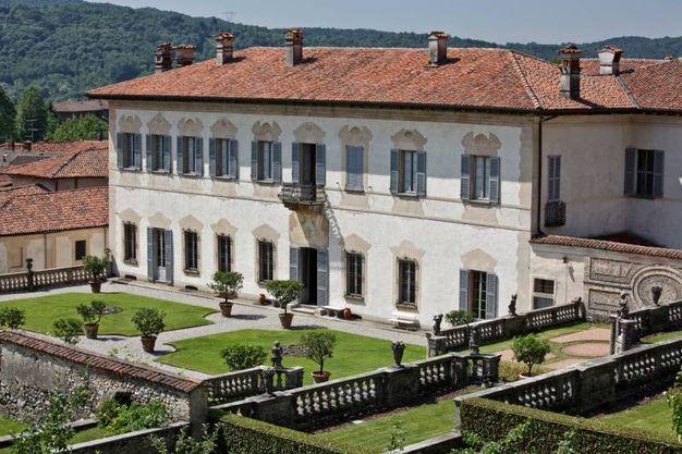 3) Conferenza sull'astronomia a Villa Della Porta Bozzolo, Casalzuigno