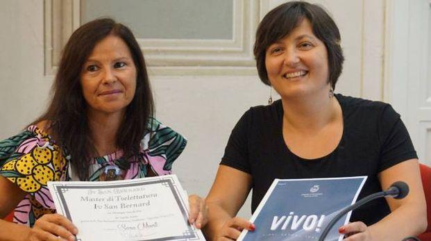 Roberta Casciano, del Comune di Pontedera, e il vicesindaco Angela Pirri