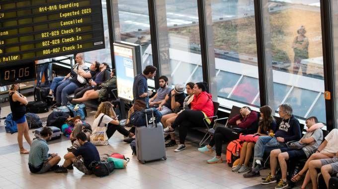 Scioperano i piloti Ryanair: disagi in tutta Europa (Lapresse)