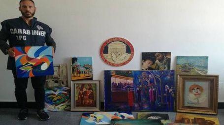 Alcuni dei dipinti falsi attribuiti ad artisti di fama internazionale e sequestrati