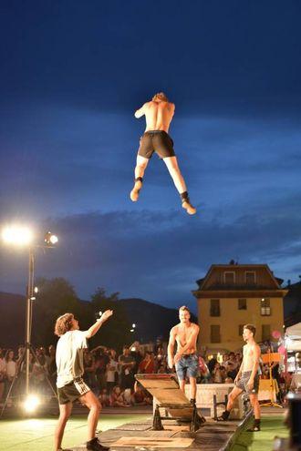 Uno spettacolo che inizia nel pomeriggio fino alle prime luci dell'alba (foto Fantini)