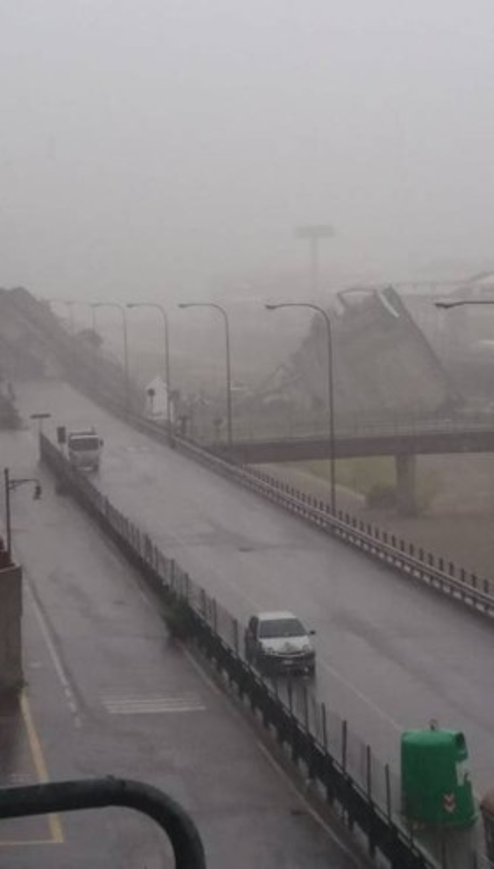 Il ponte Morandi crollato a Genova (Polizia di Stato)