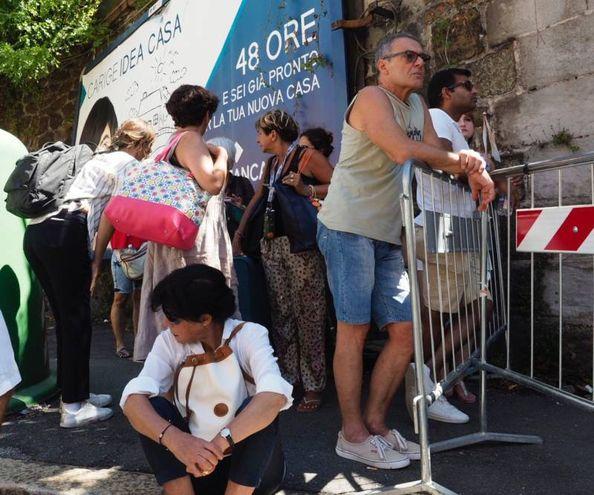 Genova, gli sfollati di via Porro (foto Pasquali)
