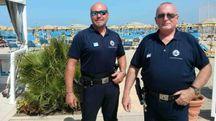 Due agenti della municipale
