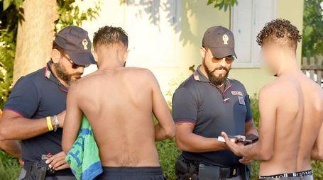 I rapinatori sono stati subito arrestati dalla polizia  (foto di repertorio)