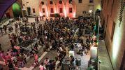 2000 ore di concerti e show per le strade ferraresi (foto Marco Tamburrini)