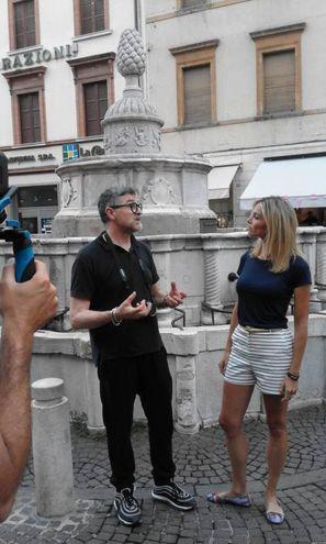 Le telecamere hanno toccato vari punti della città (foto Pasquale Bove)