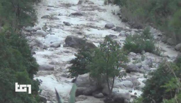 Il torrente Raganello a Civita (Immagini del Tg1, Ansa)