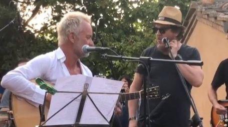 Il Duetto tra Sting e Zucchero durante la serata