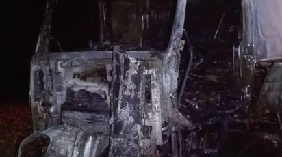 Il camion bruciato